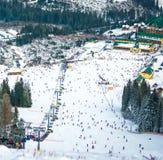 Plan global de station de sports d'hiver photographie stock