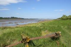 Plan historique de protection d'érosion de banque de Tidal River aux carcasses de Purton, Gloucestershire, R-U images stock