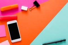 Plan idérik minsta design - lägga av workspace royaltyfri foto