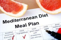 Plan mediterráneo y pomelo de la comida de la dieta Imágenes de archivo libres de regalías