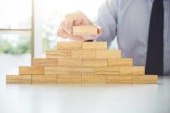 Plan och strategi i affären, risk som gör affärstillväxt Conc royaltyfria bilder