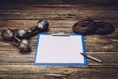 Plan ou régime de formation de forme physique Page de papier blanc Images stock