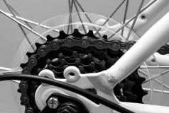 Plan rapproché à chaînes de système de bicyclette Photos libres de droits