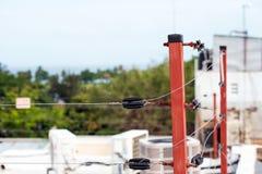 Plan rapproché électrique de poteau, Santo Domingo, République Dominicaine  Avec l'orientation sélectrice images stock