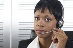 Plan rapproché africain de femme d'affaires Photos stock