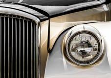Plan rapproché Antic brillant de limousine de l'avant Images libres de droits