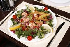 Plan rapproché avec de la belle, exotique salade. Images libres de droits