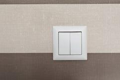 Plan rapproché blanc d'interrupteur de lampe Images stock
