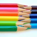 Plan rapproché coloré d'unité de crayons Photos libres de droits