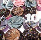 Plan rapproché délicieux de petits gâteaux Image libre de droits