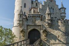 Plan rapproché d'†de château du Lichtenstein «de porte et de pont-levis d'entrée photographie stock libre de droits