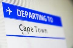 Plan rapproché d'écran d'ordinateur de vol vers Cape Town Photos stock