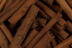 Plan rapproché d'épice de bâtons de cannelle Photos stock