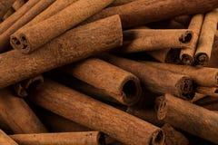 Plan rapproché d'épice de bâtons de cannelle Images stock