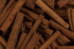Plan rapproché d'épice de bâtons de cannelle Photo stock