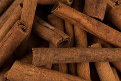 Plan rapproché d'épice de bâtons de cannelle Photos libres de droits