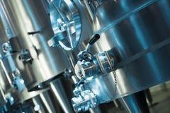 Plan rapproché d'établissement vinicole contemporain photographie stock libre de droits