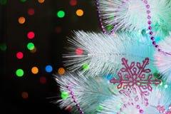 Plan rapproché d'un arbre de Noël décoré Photographie stock