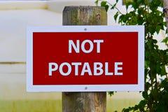 Plan rapproché d'un signe non potable Photos libres de droits