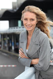 Plan rapproché d'une femme mûre de sourire Images stock