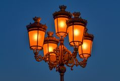 Plan rapproché d'une lanterne électrique Photo libre de droits