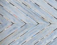 Plan rapproché de barrière en bois rustique de patternd diagonal image stock