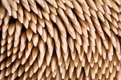 Plan rapproché de beaucoup de cure-dents en bambou, détails des astuces Photographie stock libre de droits