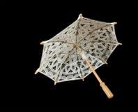 Plan rapproché de blanc de parasol de lacet photos stock