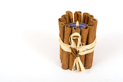 Plan rapproché de bougie de bâtons de cannelle Image stock