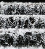 Plan rapproché de cascade à écriture ligne par ligne photos stock