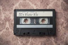 Plan rapproché de cassette sonore sur le fond de cru photos libres de droits