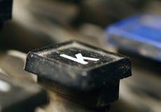 Plan rapproché de clé de la lettre k de clavier de linotype images stock