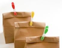 Plan rapproché de composition en sacs en papier images stock