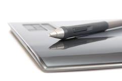 Plan rapproché de convertisseur analogique/numérique avec le crayon lecteur Image libre de droits