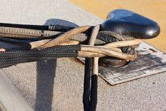Plan rapproché de crampon de bateau sur un pilier de dock Image libre de droits