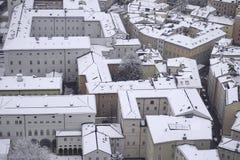 Plan rapproché de dessus de toit de Salzbourg photographie stock