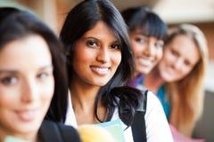 Plan rapproché de filles d'université Photos stock