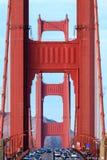 Plan rapproché de golden gate bridge semblant du nord Images stock