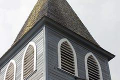 Plan rapproché de Gray Wooden Church Steeple image libre de droits