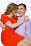 Plan rapproché de jeunes couples heureux Images stock