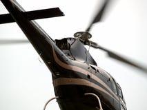 Plan rapproché de l'arrière de l'hélicoptère Photos stock