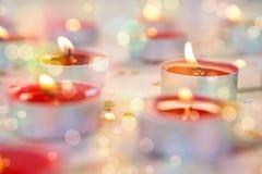 Plan rapproché de la combustion de bougies Photographie stock libre de droits