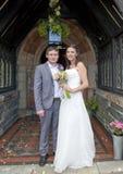 Plan rapproché de la mariée et du marié photographie stock