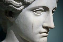 Plan rapproché de la tête d'une statue de femme Image libre de droits