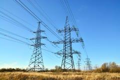 Plan rapproché de ligne électrique Photo stock