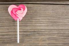 Plan rapproché de lucette en forme de coeur rose Photo stock
