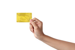 Plan rapproché de main de femme tenant la carte de crédit vide vierge Images libres de droits