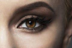 Plan rapproché de maquillage d'oeil Photographie stock