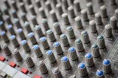 Plan rapproché de mixeur son images libres de droits