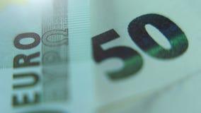 Plan rapproché de monnaie fiduciaire de note de l'euro 50 Macro vue banque de vidéos
